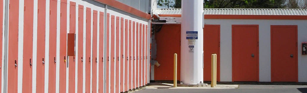 Use small storage units for rent in Elk Grove to storage your belongings.