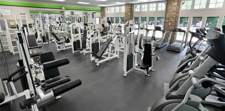 Community fitness center Marquis at the Parkway