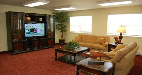 17 tvroom resized Steeplechase Retirement Residence