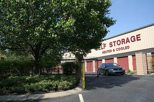 Self storage in nashville StorPlace of Bellevue