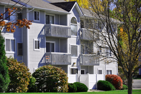 Exterior of Streetsboro's Portage Pointe Apartment Homes