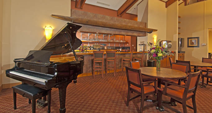 Senior living lounge at GenCare in renton, wa
