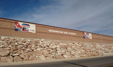 Sign from road Towne Storage - Washington Dam