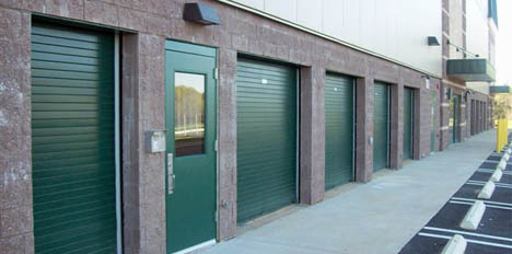 Drive-up self storage units in Gaitherburg, Maryland