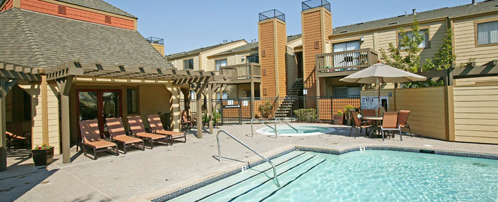 Rent now at Copper Creek Apartments, CA