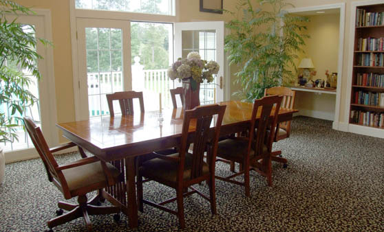 Assisted living at Orchard Valley at Wilbraham in Massachusetts