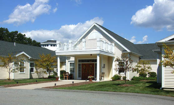 Assisted living in North Chelmsford at The Atrium at Drum Hill, MA