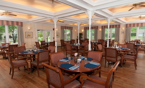 Dining The Arbors at Shelburne