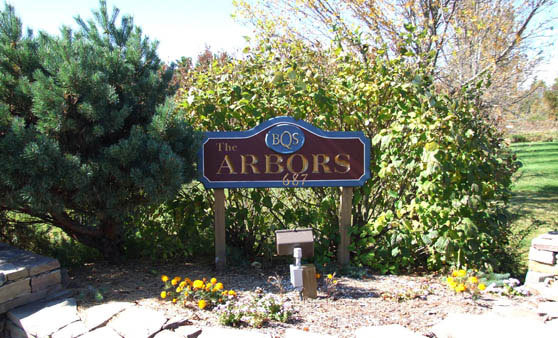 Memory care in Shelbourne, VT at The Arbors