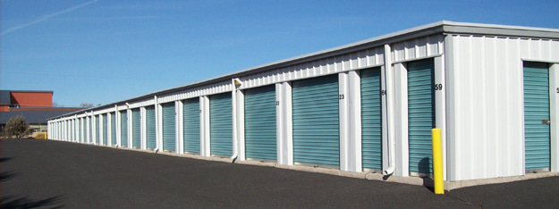 Exterior units at Smith Rock Self Storage in Terrebonne Oregon