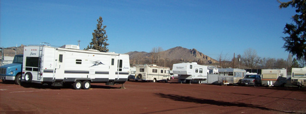 Rv parking available at Smith Rock Self Storage