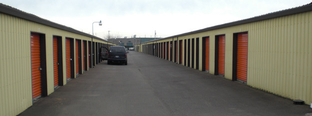 Come rent an exterior storage unit at Self Stor in Salem Oregon