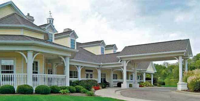 The entrance to Spring Hills Middletown senior living community