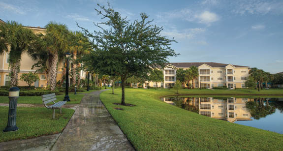 Exterior of Aston Gardens at Parkland Commons assisted living community in Florida