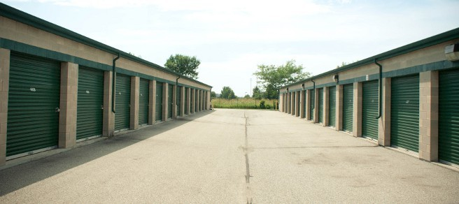 Wide easy access driveways Mini Storage Depot