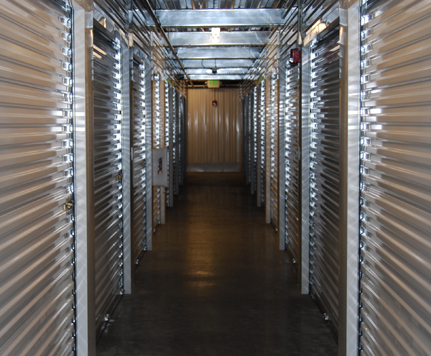 2 HEATED STORAGE AT THE CROSSINGS