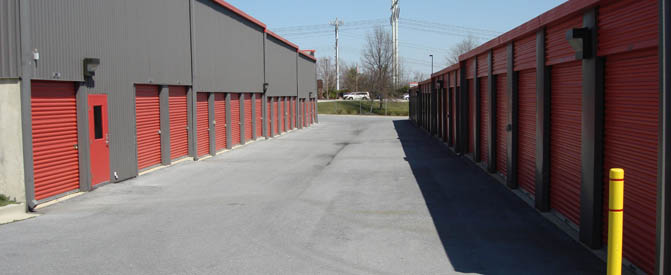 Self storage in Laurel, MD exterior units
