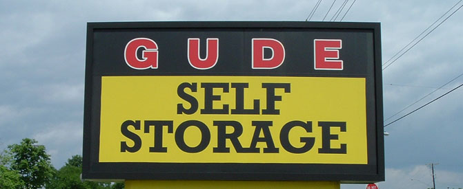Sign Gude Self Storage