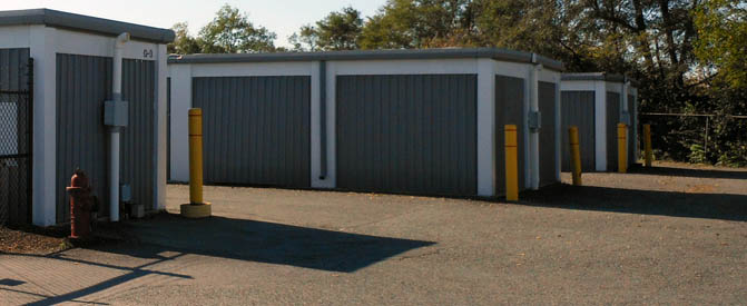 Rockville self storage units near gate