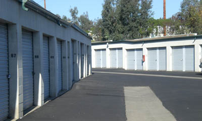 Exterior self storage units at the Irvine Magellan Storage