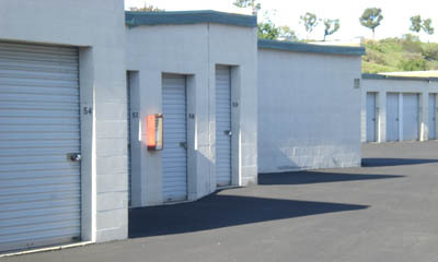 Small exterior self storage units at the Irvine Magellan Storage