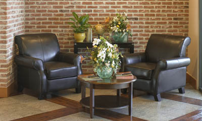 Self Storage office sitting area at Magellan Storage in the City of Commerce CA