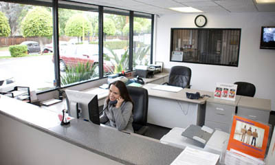 Van nuys self storage office interior