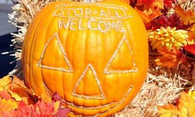 Halloween welcome pumpkin