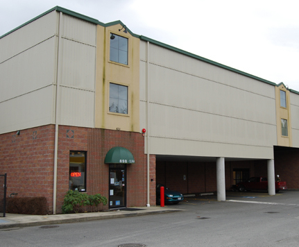 Sammamish 7 PLATEAU HEATED SELF STORAGE