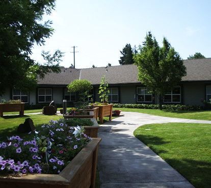 Beautiful senior living in the dalles or