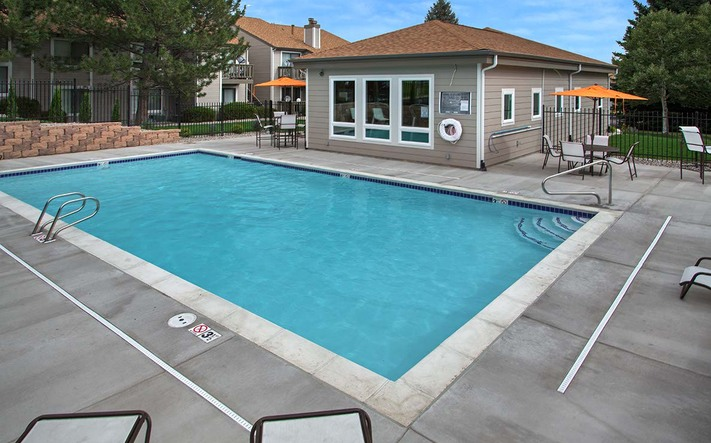 Ironwoodpalmer amenities pool