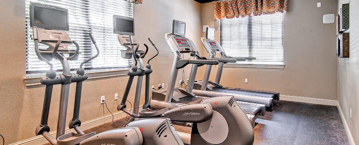 Exercise room at littleton luxury apartment