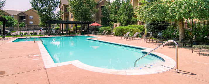 Swimmong pool at littleton luxury apartments