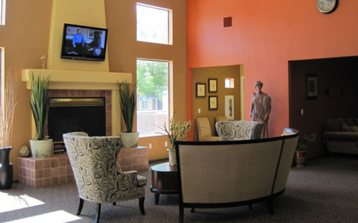 Albuquerque apartments have a Warm and comfortable clubroom