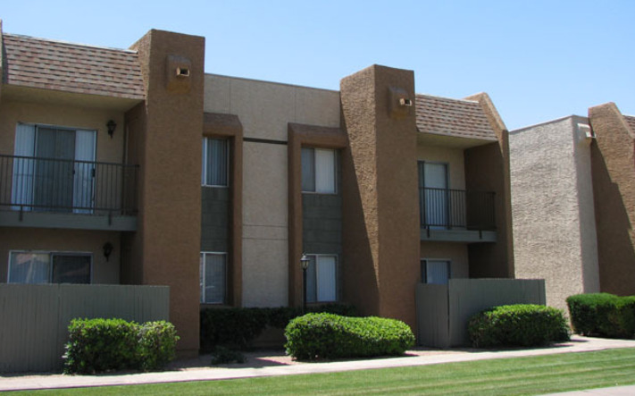 Pet friendly apartments in Mesa have beautifully landscaped grounds