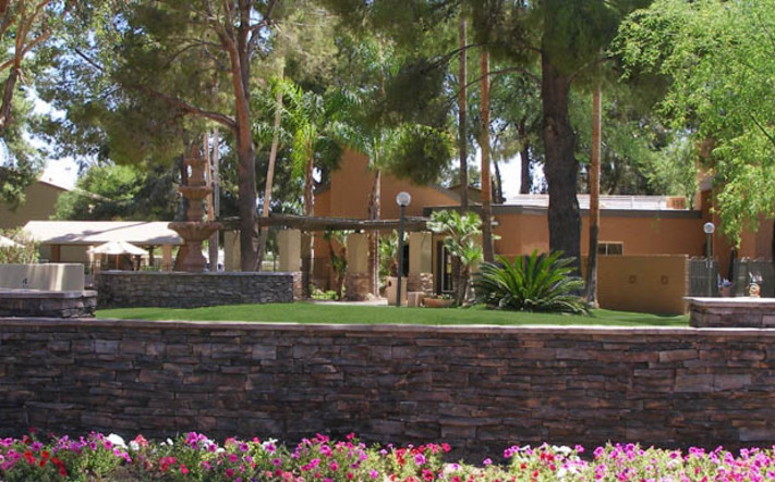 Apartments in Tuscon, Arizona have well-maintained grounds