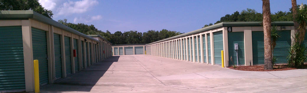 Outdoor self storage units in New Smyrna Beach