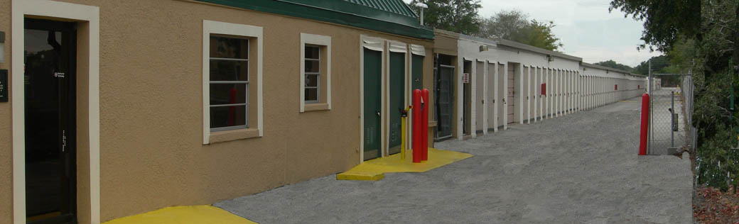 Exterior of self storage in Clearwater