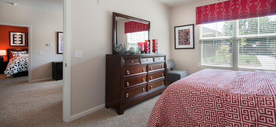 Hurstbourne bedroom