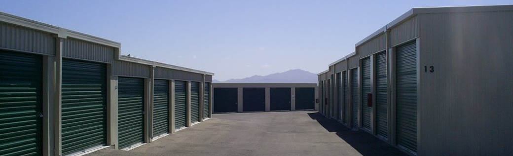 Self storage units in Green Valley offer wide vehicle access.